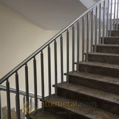aluminyum merdiven korkuluk 11 400x400