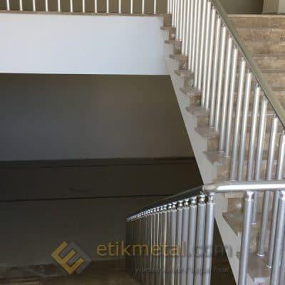 aluminyum merdiven korkuluk 12 400x400