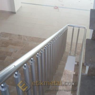 aluminyum merdiven korkuluk 6 400x400