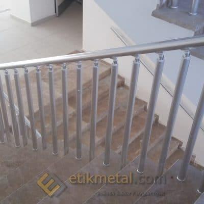 aluminyum merdiven korkuluk 7 400x400