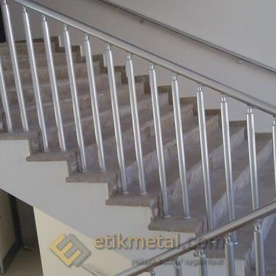 aluminyum merdiven korkuluk 8 400x400