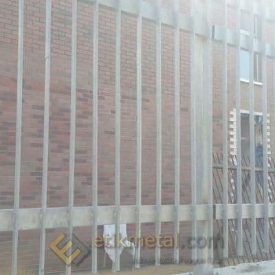 galvaniz teras korkuluk 10 400x400