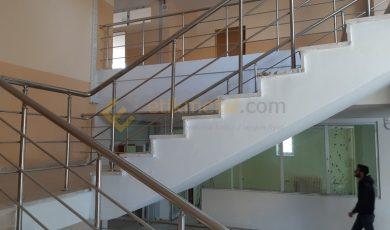 okul merdiveni paslanmaz korkuluk 2 390x230