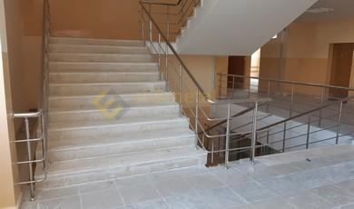 okul merdiveni paslanmaz korkuluk 3 390x230
