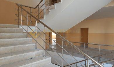 okul merdiveni paslanmaz korkuluk 4 390x230