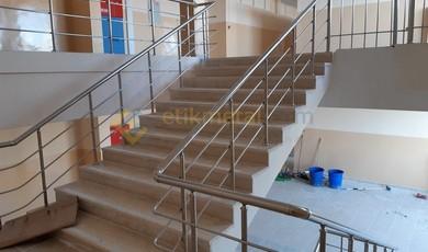 okul merdiveni paslanmaz korkuluk 6 390x230